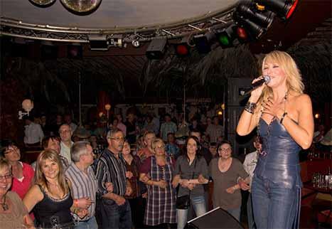 Tanzen im Sonnenhof Aspach - Andrea Berg Disco Event